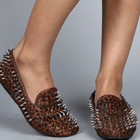 dcb6b601877 UNIF Leopard Hellraiser Spiked Loafers Size 8